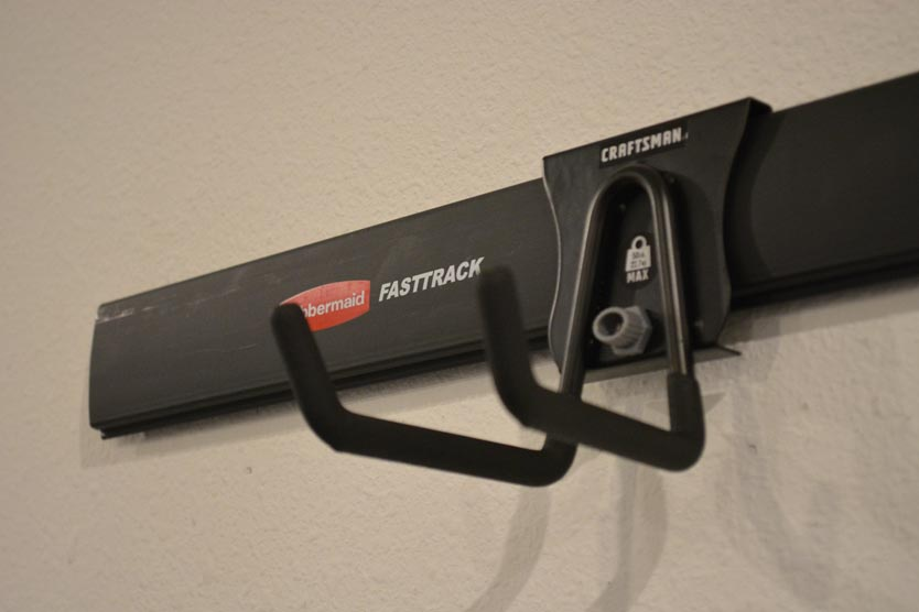 Is Craftsman compatible with Rubbermaid FastTrack